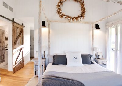 Oxley Island Bedroom
